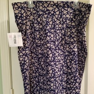 Lularoe Cassie Pencil Skirt - Navy Print - Size 3X